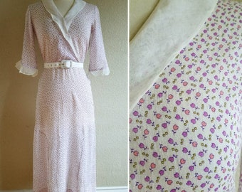 Light Pink, Purple, and White Floral Tulip Print Cotton and Organza 1930s Day Dress