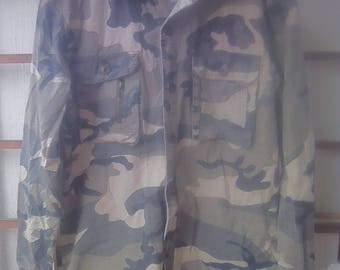 Camoflage jacket Buttion Up Shirt Camo Shirt M