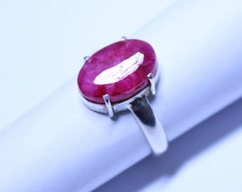 Natural Ruby in a Sterling Silver (925) Ring