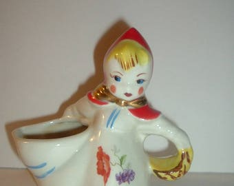 Vintage Hull Little Red Riding Hood Creamer
