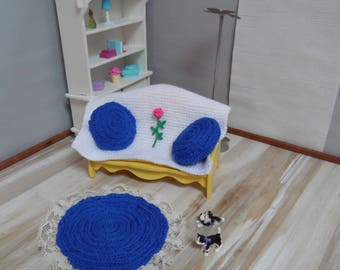 Mats and pillows for Doll House (blue)