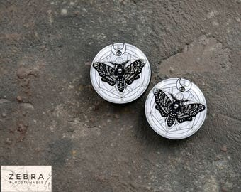 Pair plugs Moth butterfly image wooden ear tunnels 4,5,6,8,10,12,14,16,18,25-60mm;6g,4g,2g,0g,00g;1/4,5/16,3/8,1/2,9/16,5/8,3/4,7/8,1 1/4,1""
