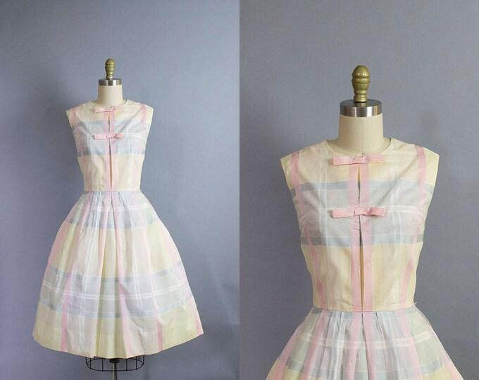 1950s Pastel Plaid Dress/ Small (35b/25w)