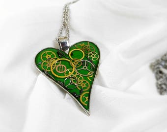 Bridesmaid gift Green heart pendant steampunk resin necklace, clockwork accessories, Wedding gift idea resin jewelry for wife