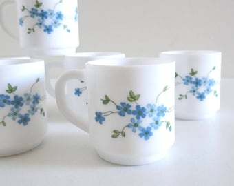 6 Vintage Forget-Me-Not Milk Glass Coffee Cups - French Retro 70s Blue Flowers Arcopal Cups