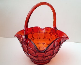 """Tiara Exclusives Sunset Constellation 11"""" Red Glass Basket by Indiana Glass; Vintage"""