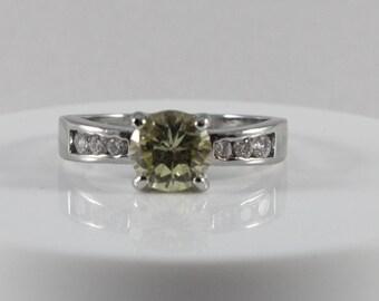 Green White Cz Silver Tone Ring Size 9