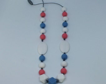 Nursing necklace : Pink, blue and white silicone beads