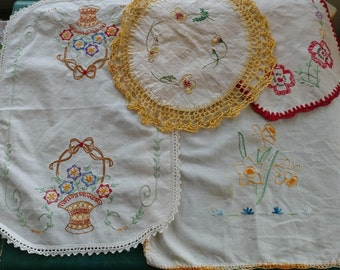 4 Vintage Needlework Embroidery Doilies - Springtime Florals