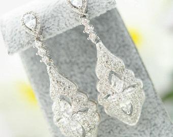 Slver Floral CZ Wedding Earrings, Silver Bridal Earrings, Cubic Zirconia Earrings, Wedding Jewelry, Dangle Wedding Earrings