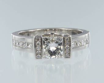 Princess Cut Diamond Engagement Ring 18K White Gold. Ref: R-17040