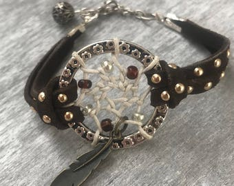 Brown Seude Dreamcatcher Bracelet, Boho Bracelet, Hippie Jewelry, Dream Catcher Jewelry