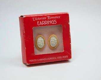 Hallmark Victorian Romance Earrings Mint Green Flowers Gold Ovals Pierced Ears Surgical Steel Posts Vintage Jewelry