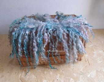 blue wool felt layer newborn baby props, curly felt fur, basket filler, wool fluff, flokati felt layer, Photography Prop. RTS lafiabarussa