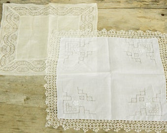 Vintage White Lace Handkerchiefs/Hankies/Shabby Chic/Wedding/French Lace