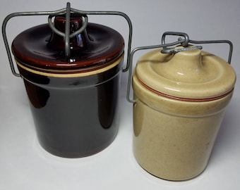 Clay crockery pots with bale wire closures and stoppers, vintage