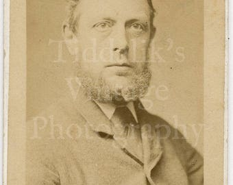 CDV Carte de Visite Photo Victorian Handsome Bearded Man Portrait by William Lacey of London England Antique Photograph