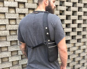 """Revolverbag Halftertasche Schulterholster Ledertasche schwarz Männertasche Festivaltasche Holstertasche Crossbody Mann Mann schwarz """"Bruno"""""""