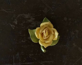 60's rose flower pin   yellow with green stem  