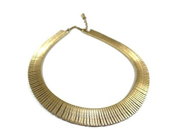 Vintage fringe collar necklace, gold plated, 1980s bib necklace, statement necklace, fringed, Egyptian style, textured, kitsch