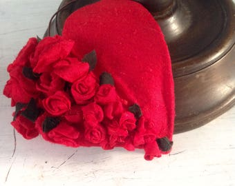 Red heart and flowers headpiece. Mother' s day gift woman who has everything. Bridesmaid  Bridal shower hat. Burlesque headband for actress
