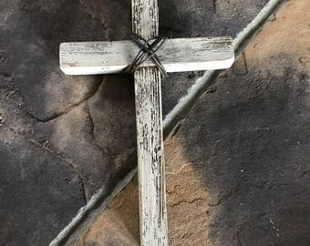 Rustic White Wood & Wire Cross Wall Decor Farmhouse Style Cross Home Decor