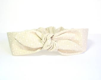 Beige and white headband by Tricotmuse