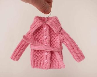 Blythe sweater, Pink blythe sweater, Blythe outfit, Blythe doll knitting, Blythe fashion, Wool outfit, blythe doll outfit, Blythe cardigan