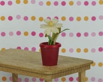 Dollhouse vintage flower pot 1960s
