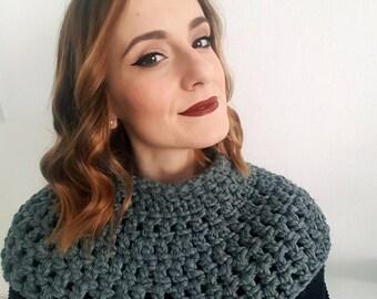 Elegant cloak woman-wool cape poncho-wool collar woman-neck crochet wool-neck woman-neck grey sweater