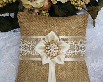 SALE Ring pillow - Ring bearer pillow - Burlap ring pillow - Burlap ring bearer pillow - Burlap pillow - Rustic wedding - Burlap wedding pil