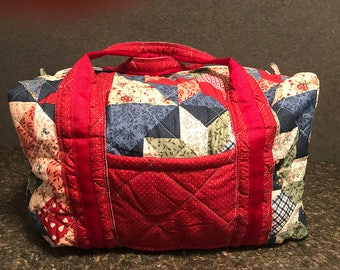 Quilted Red Star 18 Inch Duffle Bag