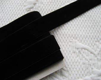 "Velvet nylon ribbon trim in Black, width 22mm (0.86"") non-elasticated PER METRE (1.1 yards)"