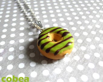 "necklace ""pistachio/chocolate donut"""