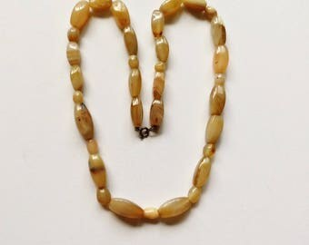 vintage multi-colors yellow brown black white beads necklace