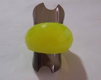 Yellow resin (T53) ring