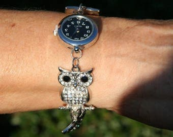 Wristwatch with owls-OWL in metal and rhinestones