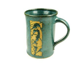 Ceramic Cup green with application, straight