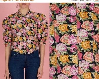 ON SALE ON Sale Vintage 80s Floral Shirt