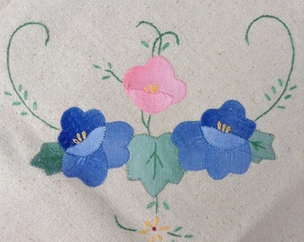 VINTAGE PANSIES TABLECLOTH Tea Cloth Hand Stitched Shabby Prairie Cottage Chic