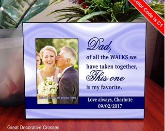 Daughter to Dad Wedding Picture Frame Gift, Personalized Father of the Bride Gift, Custom Daddy Wedding Gift from Bride, FWA010