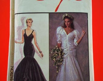 """80s ruched Wedding, Bridal, Evening Dress, Fishtail gown, Bruce Oldfield design, Size 10, Bust 32 1/2"""", Style 1290."""