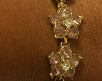 Oh, How Pretty. Vintage Flower Bracelet in Lavender