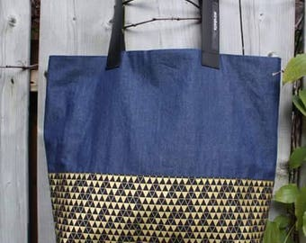 Lined Tote with Pocket