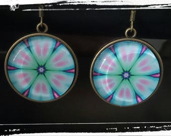 Spy glass Cabochon earrings
