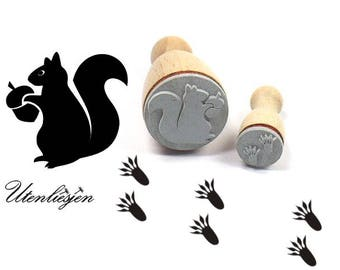 Stamp squirrel and footprint, 22 mm + 12 mm