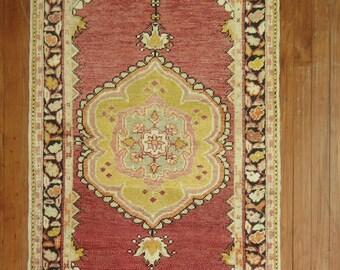 Vintage Turkish Oushak Rug Size 2'8''x5'1''