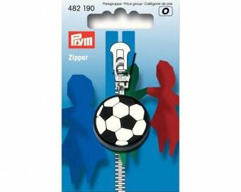 Soccer ball pull