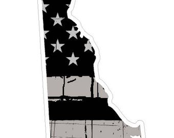 Delaware State (N10) Distressed Flag Vinyl Decal Sticker Car/Truck Laptop/Netbook Window