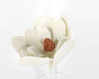 Large Magnolia Sugar Flower with Rose Gold Center for gumpaste flower wedding cake topper, diy brides, fondant cake decoration